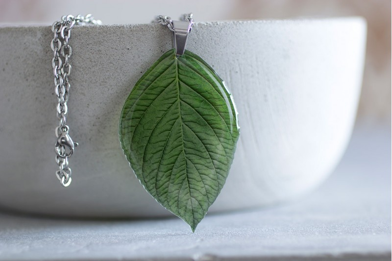Beech leaf necklace