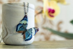 Divalis butterfly necklace