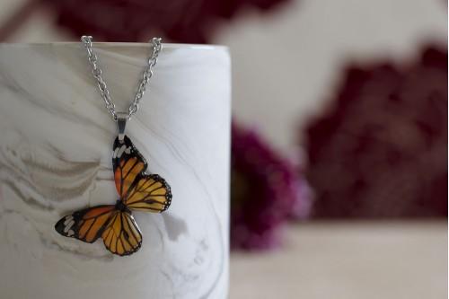 https://www.acdria.co.uk/Monarch-butterfly-necklace