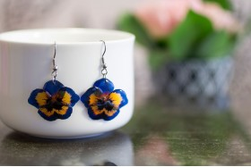 Pansy earrings